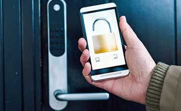 LoRa Technology-enabled security systems offer 24/7 protection for homes by integrating door and window alarm sensors with security cameras, intercoms and automatic door locks. Activation is by keychain sensors and smartphones.